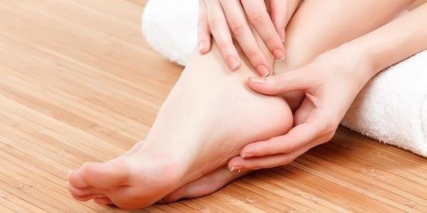 Ból stawu skokowego - przyczyny i leczenie bólów kostki